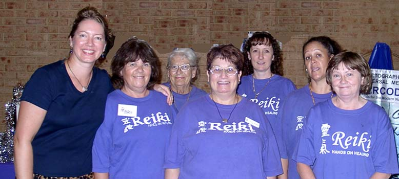 Angela Dicker with Gloria and colleagues from REIKI Hands on Healing, Quinns Rocks, WA. Judith organised the Feb Festival in Quinns Rocks